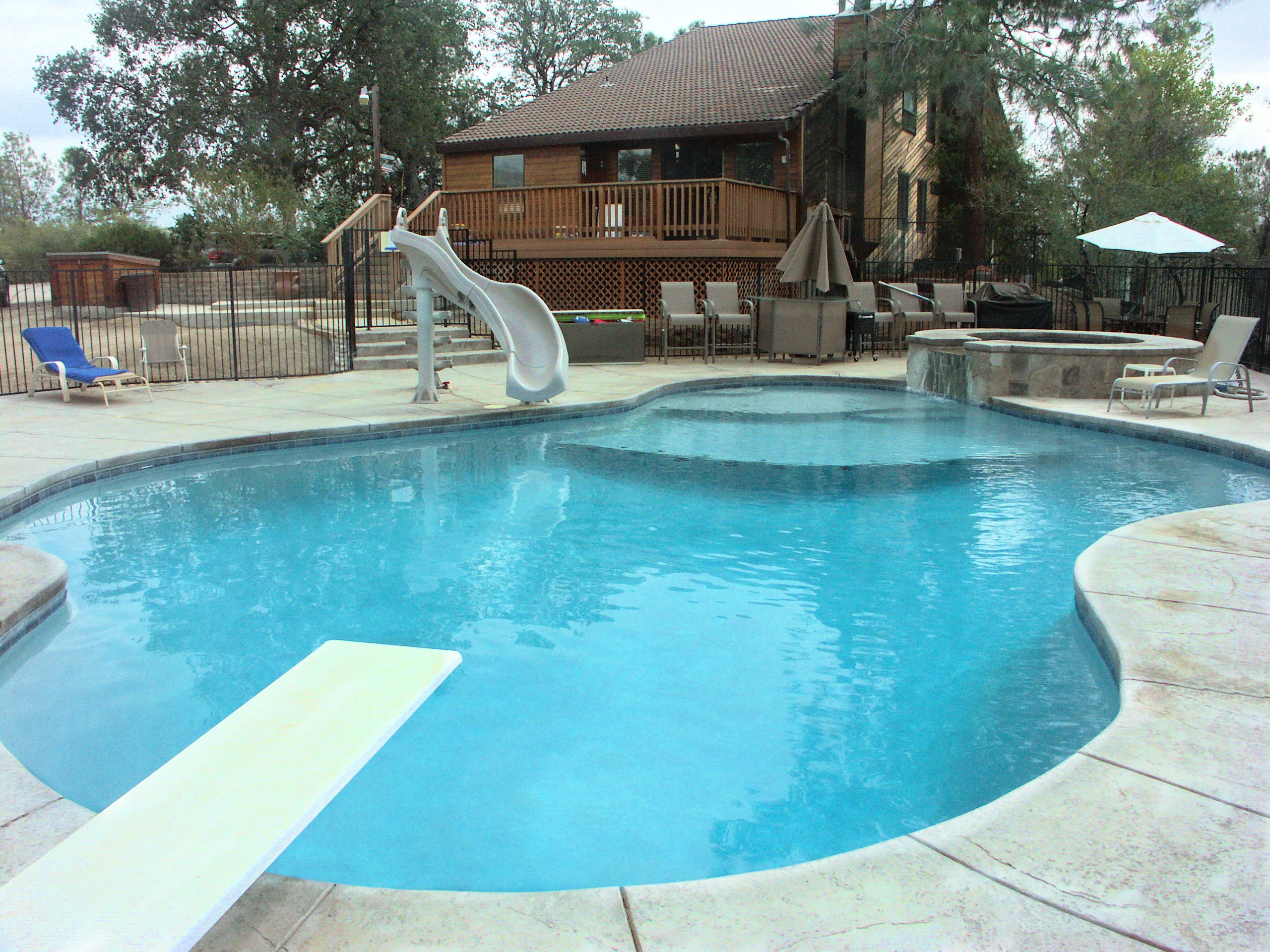 Pools by waterston swimming pools fiberglass pools pool for Pool design hours